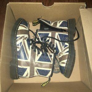 Dr. Martens Delaney Union Jack Kids Boots